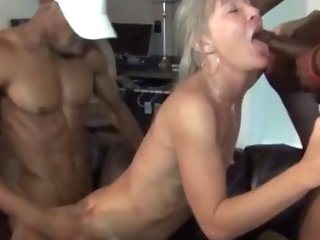 Smoking Step Mom Gives Tit Fucking Sweet Hot Sonnie's Friend