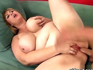 Amazon Darjeeling In Big Titted Bbw Amazon Darjeeling Gets Fucked So Good. - Jeffsmodels
