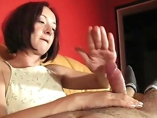 Striking Dark-haired Wifey Knows Exactly How To Work Her Palms