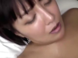 Hot Chunky Korean Woman Fucks At A Rubdown Salon