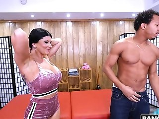 Black Dude Gets His Dick Drained By Lollipop Greedy Matures Romi Rain