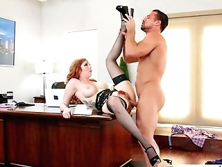 Sextractive Crimson Haired Assistant Lauren Phillips Is Having Dirty Quickie With Her Manager