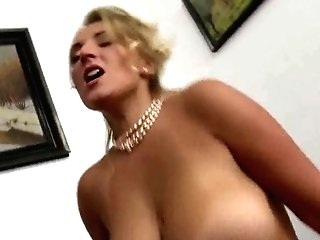 Huge Natural Tits Milf