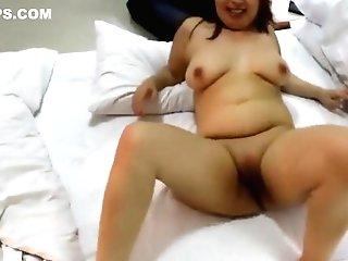 Horny Japanese Matures Gettin...