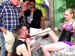 Matures Delirious Hunter Drilled By Five Dudes