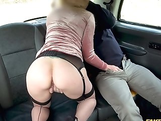 Elizabeth Romanova Is Ready For Her Very First Fucky-fucky In The Car With A Driver