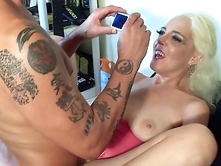 Horny Mummy Deepthroats A Large Dick And Gets Fucked In Missionary