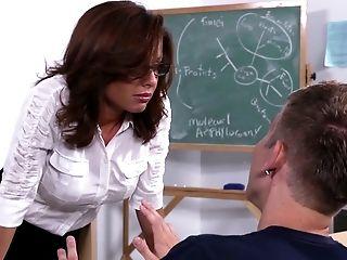 Studying My Schoolteacher's Cunt