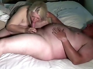Big Matures Hoe Has Her Muffin Inserted By Old Man
