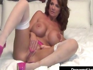 Texas Cougar Deauxma Uses Rectal Cork & Fucktoy To Squirt Her Jism!