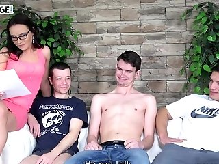 Wendy Moon Makes Three Dicks Take Turns In Her Hairless Matures Cunny