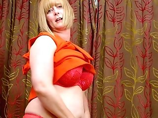 Matures Woman April Is Finger Fucking Her Opened Up Hairy Snatch