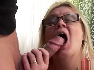 Trampy Matures Bitch Has Her Cootchie Rammed