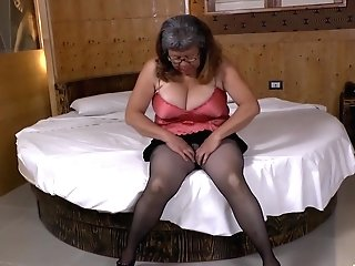 Latinchili Provocative Adult Plaything Solo Getting Off