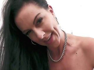 Legendary Point Of View Oral Pleasure By Killing Hot Brunt Hooker Texas Patti