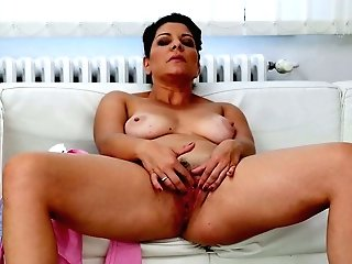 Lustful Matures Dark-haired Nicol Is Playing With Fuck-a-thon-thirsty Coochie