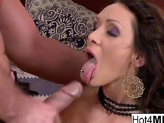 Brown-haired Cougar Cynthia Gets Fucked In The Donk