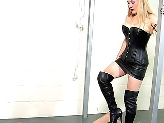 Crazy Home Kink Inbetween A Imperious Honey And Her Male Sub