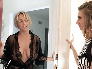 Pretty Nubile Is Longing For Fuck-fest With Experienced Matures Mummy Living Nextdoor