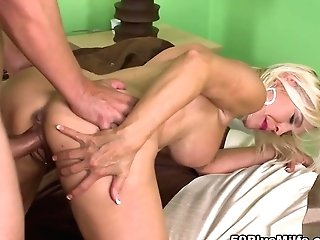 A Hard-on For The Hard-bod - Carrie Romano And Sergio - 50plusmilfs