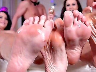 Wild Soiree Leads The Horny Wives To Insane Hookup