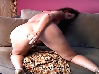 Supreme Buxomy Experienced Lady Have Fun With Her Lovehole