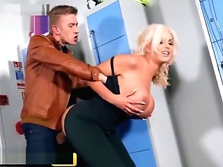 Brazzers - Big Tit Brit Blonde Tommie Jo Gets Loves Ass Fucking In Locker Room