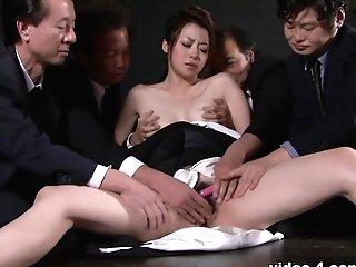 Sayuri Shiraishi In Widow Sayuri Shiraishi On The Floor Getting Her Slit Taunted By Numerous Guys - Avidolz