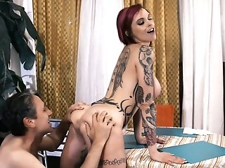 Fucking Hot Tattooed Emo Whore Anna Bell Peaks Serves One Non-traditional Dude