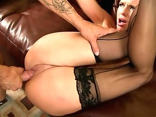 All Veronica Avluv Want Is To Get Her Taut Cunt Fucked Hard