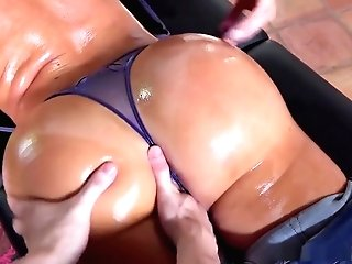 Gigantic Butt Cougar Gets Oiled Massge On Mothers Day