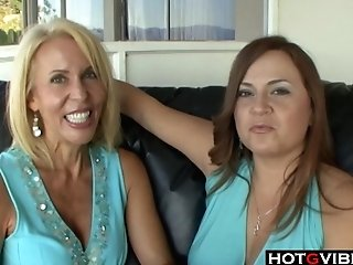 Mummy Lezzies With Big Tits Munch Each Others Slit