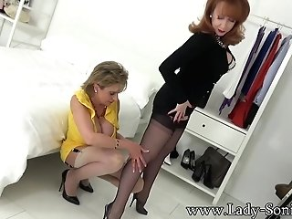 Lady Sonia And Crimson Xxx Striptease Joy