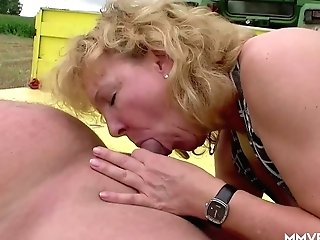 Tractor Driver Fucks Matures Country Hooker Frosys In The Field