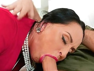 Big Arse Matures Gets Laid With Her Daughter-in-law's Beau