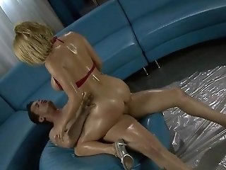 Oiled Krissy Lynn Gets Her Hot Muff