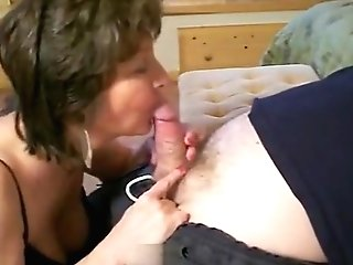 Older Lady Is A Horny Doll