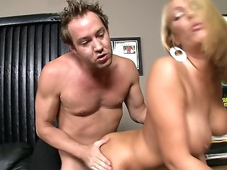 After Dick Eating Horny Mellanie Monroe Leaps On A Friend's Hard Boner