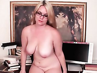Curvy Solo Cougar In Glasses Models Her Soft Bod