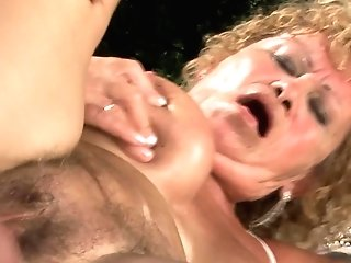 Matures Tart Effie With Round Backside Is A Cum Shot Junkie