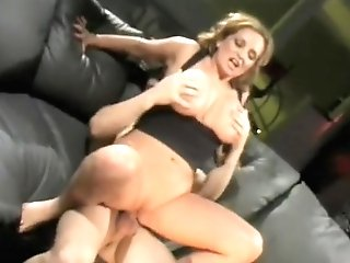 Stacked Mummy Entices A Youthful Stud And Fervorously Fucks His Hard Prick