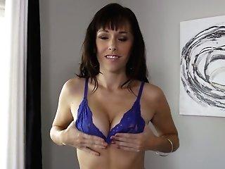 Fine Deepthroat Fellatio By Oversexed Sweetheart Alana Cruise