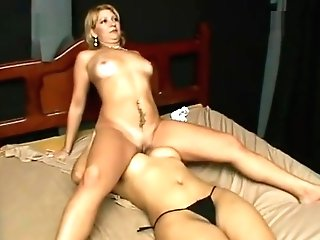 Blonde Girl-on-girl Mummy Face-sitting A Dame