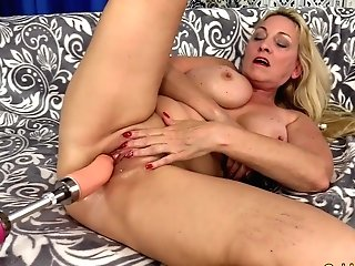 Gilf Cala Thirsts Orgasmic Machine Intercourse