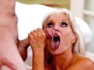 Matures Cougar Is Keen To Sense The Jizz Covering Her Freckles