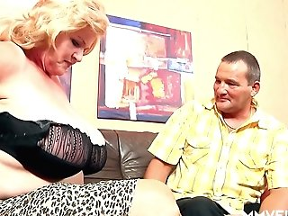 Mega Big-boobed Old Hooker Frosya Goes Wild On A Hard Dick