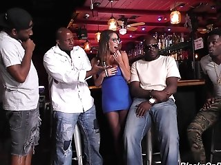 Dava Foxx Likes When More Black Guys Fuck Her At The Same Time