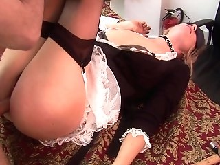 Sensational Blonde Maid Yells In Pleasure During The Tucking