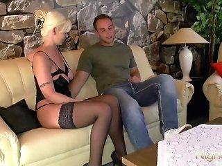 Sexy Cougar Fucks A Charming Sweetheart