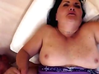 Spectacular Shaggy Experienced Woman Evelin Featuring Deep Throat Movie